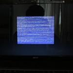 Niebieskie ekrany z zakłóceniami (artefaktami). Kolejny z wielu objawów uszkodzenia karty graficznej w laptopie Acer Aspire 5732zG.